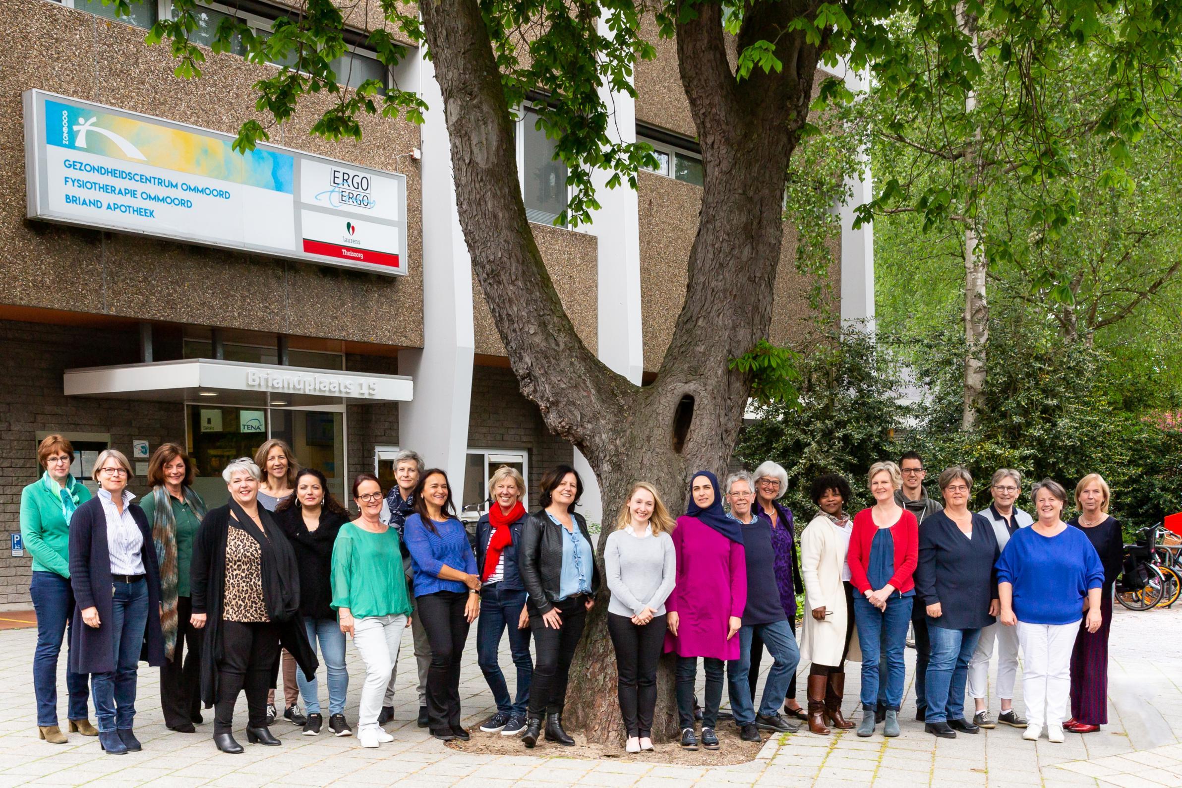 Groepsfoto met alle ERGO medewerkers